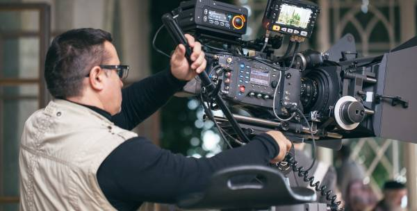 Cinéma-audiovisuel : l'emploi en hausse en Ile-de-France | defi-metiers.fr