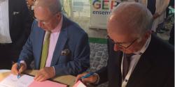 HEC et Opcalia signent un accord pour faciliter l'insertion des alternants