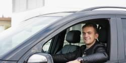 Uber, porte d'entrée dans l'emploi pour les jeunes issus des territoires en difficulté ?