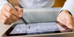 Utiliser les outils numériques pour accompagner les publics débutants à l'écrit (Les écrans du CDRIM)